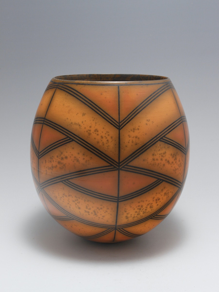Terra-sigillata Vessel Form. Height: 19.5 cm. Price: GBP £1200.00 Criss-cross Bands weave around the form, with speckled texture.